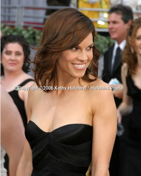 Hilary Swank.78th Academy Award Arrivals.Kodak Theater.Hollywood, CA.March 5, 2006.©2006 Kathy Hutchins / Hutchins Photo....