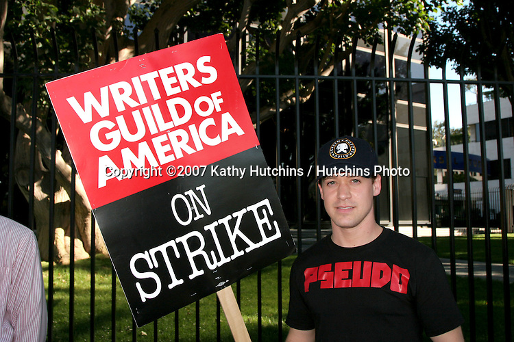 TR Knight.Screen Actor's Guild Support the Writer's Guild of America Strike.Outside NBC/Universal Studios Lot.Lankershim Blvd.Los Angeles, CA.November 13, 2007.©2007 Kathy Hutchins / Hutchins Photo...               .