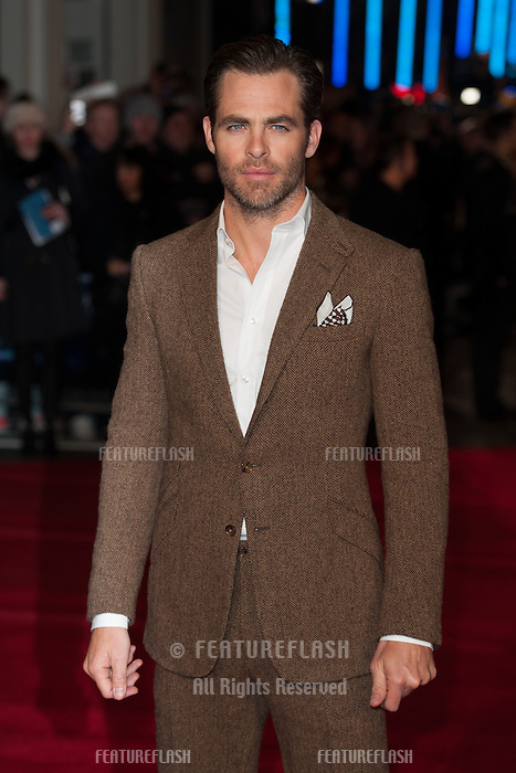 Chris Pine arriving for the UK Premiere of Jack Ryan, at Vue Leicester Square, London. 20/01/2014 Picture by: Dave Norton/ Featureflash