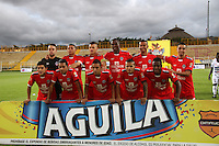 BOGOTÁ -COLOMBIA-20-MAYO-2016. Formación Fortaleza FC  contra Pasto durante partido por la fecha 19 de Liga Águila I 2016 jugado en el estadio Metropolitano de Techo de Bogotá./ Team  of Fortaleza   against  of  Pasto  during the match for the date 19 of the Aguila League I 2016 played at Metroplitano de Techo stadium in Bogota. Photo: VizzorImage / Felipe Caicedo / Staff