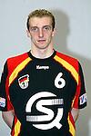 Nach 167 L&auml;nderspielen mit 576 Toren beendet Holger Glandorf seine Karriere in der deutschen Handball-Nationalmannschaft. Der 31-j&auml;hrige Linksh&auml;nder war 2007 Weltmeister und gewann im Juni mit der SG Flensburg-Handewitt die Champions League<br /> Archiv aus: <br />  Handball-Laenderspiel Deutschland vs Oestereich<br /> Vorstellung der Mannschaft fuer die EM in Slowenien<br /> Holger Glandorf<br /> Foto &copy; nordphoto/Guenter Schroeder <br /> <br />  *** Local Caption *** Foto ist honorarpflichtig! zzgl. gesetzl. MwSt.<br />  Belegexemplar erforderlich<br /> Adresse: nordphoto<br /> Georg-Reinke-Strasse 1<br /> 49377 Vechta