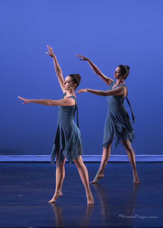 """3D Project Jazz Company, Performance, """"All Wrapped Up"""", Cary Arts Center, Saturday, 7 PM, 21 Dec 2013."""