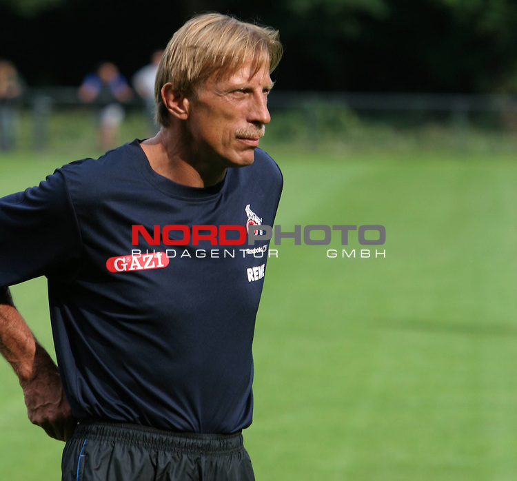 1.Bundesliga 2008/2009  Training 27.06.2008<br /> Geissbockheim, Koeln<br /> <br /> Trainingsauftakt beim &ouml;ffentlichen Training am K&ouml;lner Geissbockheim. Trainer Christoph Daum blickt voraus.<br /> <br /> <br /> Foto &copy; nph (nordphoto)<br /> <br /> *** Local Caption ***