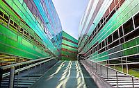 Nederland Almere. La Defense. Het gebouw waar het UWV en Belastingkantoor gevestigd zijn. Foto Berlinda van Dam / Hollandse Hoogte