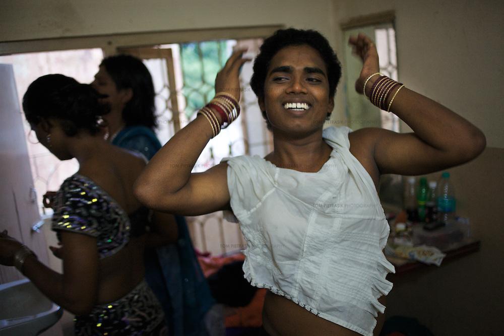 Transexual, Transgenders And Aravani Gay Men In Tamil Nadu, India  Tom Pietrasik -3946