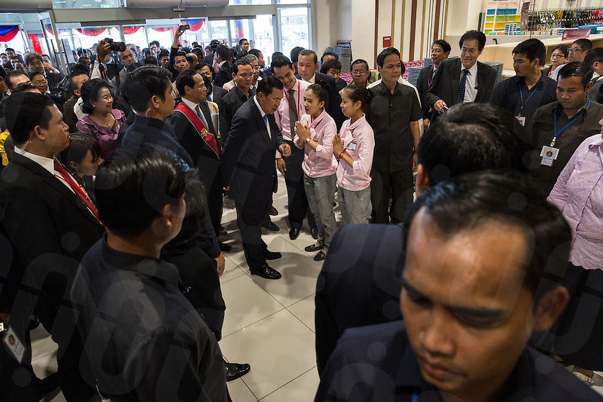 June 30, 2014 - Phnom Penh, Cambodia. PM Hun Sen during the official opening of Aeon Mall. © Nicolas Axelrod / Ruom