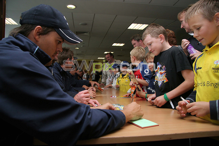 PICTURE BY VAUGHN RIDLEY/SWPIX.COM - Cricket - Yorkshire CCC Mynahs Day - Headingley, Leeds, England - 30/06/07...Copyright - Simon Wilkinson - 07811267706..Yorkshire CCC players sign autographs for Young Mynahs Members.