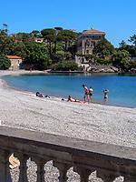 Villa auf Capo Scandelli und Strand, Cavo, Elba, Region Toskana, Provinz Livorno, Italien, Europa<br /> Villa on Capo Scandelli and beach, Cavo, Elba, Region Tuscany, Province Livorno, Italy, Europe