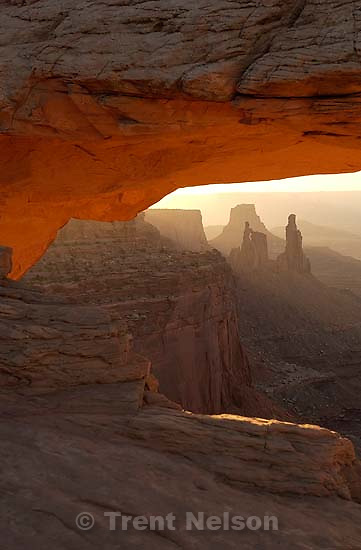 Mesa Arch. Canyonlands National Park. 07/09/2003<br />