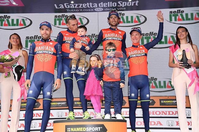 Bahrain-Merida super team Selle Italia at the end of Stage 17 of the 100th edition of the Giro d'Italia 2017, running 219km from Tirano to Canazei, Italy. 24th May 2017.<br /> Picture: LaPresse/Gian Mattia D'Alberto | Cyclefile<br /> <br /> <br /> All photos usage must carry mandatory copyright credit (&copy; Cyclefile | LaPresse/Gian Mattia D'Alberto)
