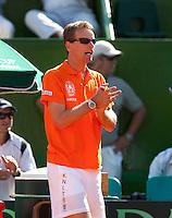 6-3-09,Argentina, Buenos Aires, Daviscup  Argentina-Netherlands,  Captai Jan Siemerink moedigt Thiemo de Bakker aan