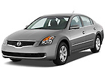 Front three quarter view of a 2009 Nissan Altima Hybrid.