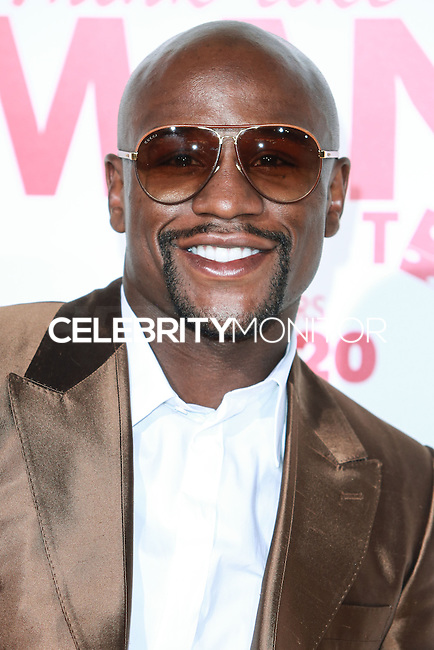 HOLLYWOOD, LOS ANGELES, CA, USA - JUNE 09: Floyd Mayweather Jr. at the Los Angeles Premiere Of Screen Gems' 'Think Like A Man Too' held at the TCL Chinese Theatre on June 9, 2014 in Hollywood, Los Angeles, California, United States. (Photo by David Acosta/Celebrity Monitor)