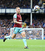 1st October 2017, Goodison Park, Liverpool, England; EPL Premier League Football, Everton versus Burnley; Scott Arfield of Burnley chases the ball