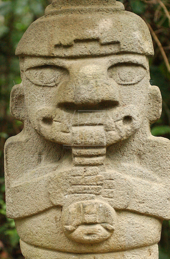 SAN-AGUSTÍN-COLOMBIA, Parque Arqueológico de San Agustín, ubicado en el departamento del Huila, cuenta con 500 estatuas talladas que son el legado en una misteriosa cultura prehispánica en Colombia. San Agustín Archaeological Park, located in the departmento of Huila, has 500 carved stone statues are the legacy  from a mysterious prehispanic culture in Colombia. Photo: VIzzorImage/Felipe Caicedo