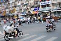 Busy traffic in the centre of Da Lat, Vietnam