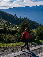 Wanderer,  Hochimst Obermarkter Alm Lechtaler Alpen, Imst, Tirol, &Ouml;sterreich, Europa<br /> Hiker, Obermarkter Alm,, Hochimst, Imst, Tyrol, Austria, Europe