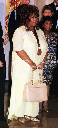 Washington, DC - September 29, 1999 -- Aretha Franklin, one of the recipients of the 1999 National Medal of Arts awaits her introduction at the White House in Washington, DC on 29 September, 1999..Credit: Ron Sachs / Pool via CNP