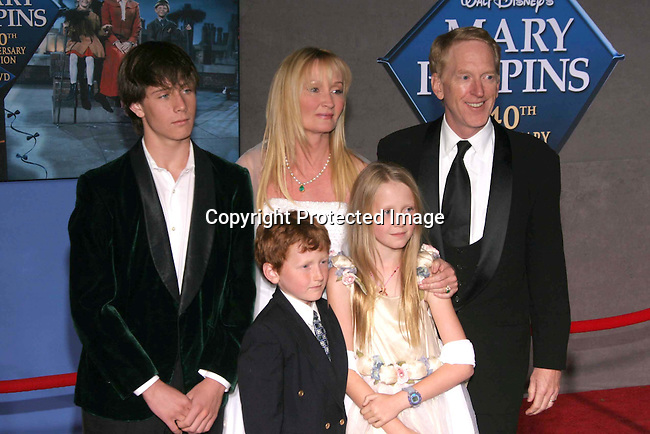 Karen Dotrice &amp;family<br />