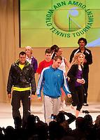 8-2-10, Rotterdam, Tennis, ABNAMROWTT,   modeshow met Jo-Wilfried Tjonga en Thiemo de Baker (in blauw)