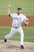 July 11, 2009:  Pitcher Trystan Magnuson of the Dunedin Blue Jays delivers a pitch during a game at Dunedin Stadium in Dunedin, FL.  Dunedin is the Florida State League High-A affiliate of the Toronto Blue Jays.  Photo By Mike Janes/Four Seam Images