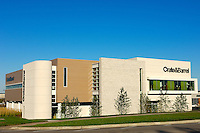 A beautyfully designed Crate & Barrel retail store at Geneva Commons in Geneva, IL.