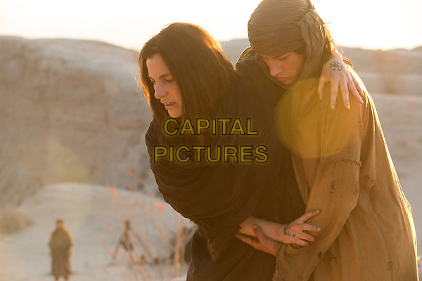 Last Days in the Desert (2015)<br /> Ayelet Zurer stars as 'Mother' and Tye Sheridan as 'Son' <br /> *Filmstill - Editorial Use Only*<br /> CAP/KFS<br /> Image supplied by Capital Pictures