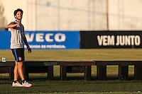 SÃO PAULO,SP, 05.07.2016 - FUTEBOL-CORINTHIANS - O jogador Alexandre Pato em sua reapresentação aos treinos do Corinthians, no CT Joaquim Grava, no Parque Ecológico do Tietê, na zona leste da capital paulista, nesta terça-feira.  (Foto: Vanessa Carvalho/Brazil Photo Press)