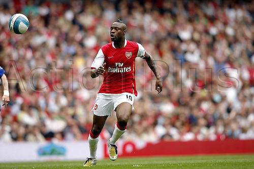 3 May 2008: Arsenal defender William Gallas watches the ball during the Premier League match between Arsenal and Everton played at The Emirates Stadium. Arsenal won the game 1-0 Photo: Actionplus....080503 soccer football player