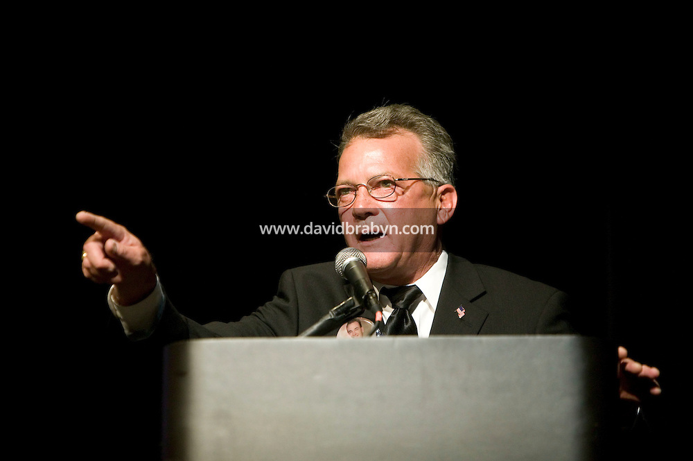 4 October 2006 - New York City, NY - Jim Gilchrist, founder of the anti-immigration Minuteman Project organisation, gives a speech to the College Republicans at Columbia University in New York City, USA, 4 October 2006, just before he got interupted by students. He had to leave the stage only a few minutes after starting to speak.