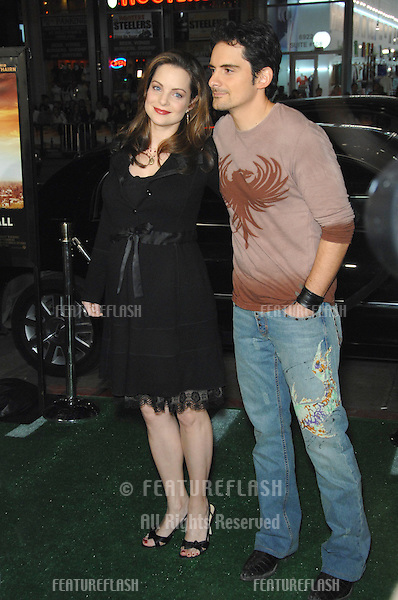 "KIMBERLY WILLIAMS-PAISLEY & husband BRAD PAISLEY at the Los Angeles premiere of her new movie ""We Are Marshall"" at Grauman's Chinese Theatre, Hollywood..December 14, 2006  Los Angeles, CA.Picture: Paul Smith / Featureflash"