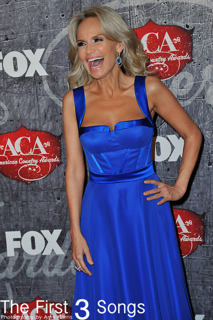 Kristen Chenoweth arrives at the American Country Awards 2012 at the Mandalay Bay Resort & Casion in Las Vegas, Nevada