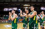 S&ouml;dert&auml;lje 2014-10-11 Basket Basketligan S&ouml;dert&auml;lje Kings - Ume&aring; BSKT :  <br /> S&ouml;dert&auml;lje Kings Carl Engstr&ouml;m , Toni Bizaca , Darko Jukic  tackar publiken efter matchen och segern &ouml;ver Ume&aring; BSKT <br /> (Foto: Kenta J&ouml;nsson) Nyckelord:  S&ouml;dert&auml;lje Kings SBBK Basket Basketligan T&auml;ljehallen Ume&aring; BSKT jubel gl&auml;dje lycka glad happy