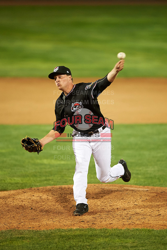 Erie SeaWolves relief pitcher Joe Mantiply (28) during a game against the Bowie Baysox on May 12, 2016 at Jerry Uht Park in Erie, Pennsylvania.  Bowie defeated Erie 6-5.  (Mike Janes/Four Seam Images)