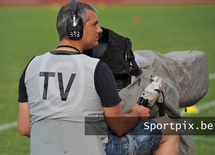 Football Club Feminin Juvisy Essonne - Olympique Lyon :.TV.foto DAVID CATRY / JOKE VUYLSTEKE / Vrouwenteam.be