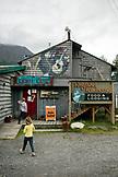 USA, Alaska, Coopers Landing, Kenai River, outside of the restaurant Kingfisher Roadhouse