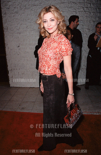 "19OCT99:  Actress SHARON LAWRENCE at Los Angeles premiere of ""Three to Tango"" which stars Matthew Perry, Neve Campbell & Dylan McDermott..© Paul Smith / Featureflash"