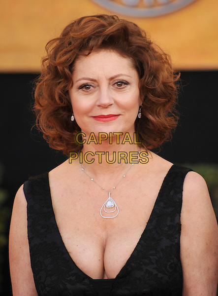SUSAN SARANDON.The 15th Annual Screen Actor's Guild Awards held at The Shrine Auditorium in Los Angeles, California, USA..January 25th, 2009.SAG arrivals headshot portrait silver necklace low cut cleavage plunging neckline lace .CAP/DVS.©Debbie VanStory/Capital Pictures.
