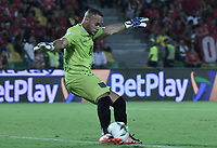 ARMENIA - COLOMBIA, 02-02-2020: Pablo Mina arquero del Chico en acción durante partido por la fecha 3 de la Liga BetPlay DIMAYOR I 2020 entre América de Cali y Boyacá Chicó jugado en el estadio Centenario de la ciudad de Armenia. / Pablo Mina goalkeeper of Chico in action during match for the for the date 3 as part of BetPlay DIMAYOR League I 2020 between America de Cali and Boyaca Chico played at Centenario stadium in Armenia city. Photo: VizzorImage / Gabriel Aponte / Staff