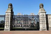Nederland Den Haag 2015 09 27. Het hek voor het Vredespaleis in Den Haag