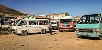 Eine Minibus-Haltestelle in Hout Bay, Kapstadt, Südafrika