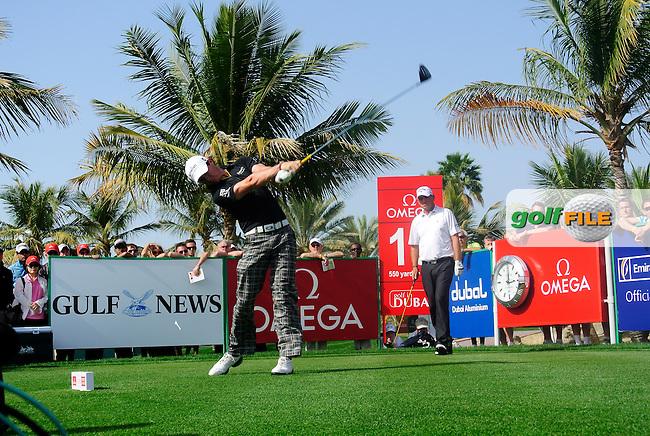 Rory McIlroy (NIR) tees off on the 14th tee during Saturday's  Round 3 of the 2012 Omega Dubai Desert Classic at Emirates Golf Club Majlis Course, Dubai, United Arab Emirates, 11th February 2012(Photo Eoin Clarke/www.golffile.ie)