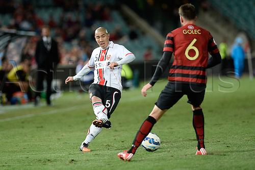 07.04.2015. Sydney, Australia. AFC Champions League. Western Sydney Wanderers v FC Seoul. Seoul defender Cha Du-ri in action.
