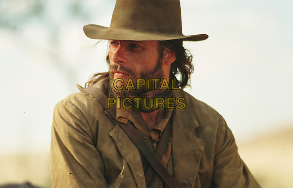 GUY PEARCE.in The Proposition.*Editorial Use Only*.www.capitalpictures.com.sales@capitalpictures.com.Supplied by Capital Pictures.