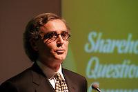 Claude Lessard,  President du Conseil et Chef de la Direction du Groupe Cossette<br /> Assemblee Annuelle <br /> Montreal, feb 2 , 2006