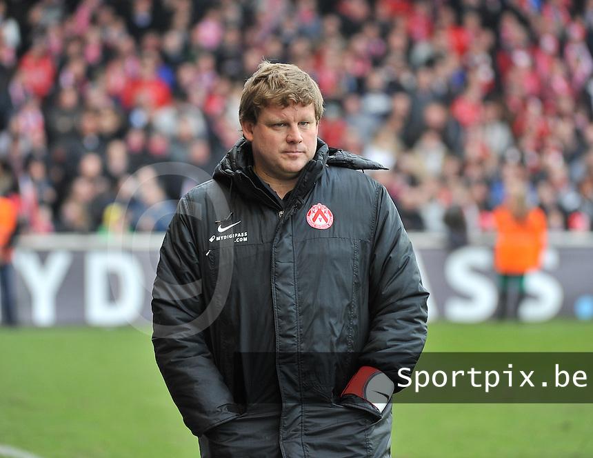 KV Kortrijk : Hein Vanhaezebrouck.foto VDB / BART VANDENBROUCKE