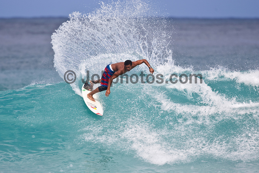 Wiggolly Dantas (BRA) surfing Gums on the North Shore, Haleiwa, Oahu, Hawaii..Photo: Joliphotos.com