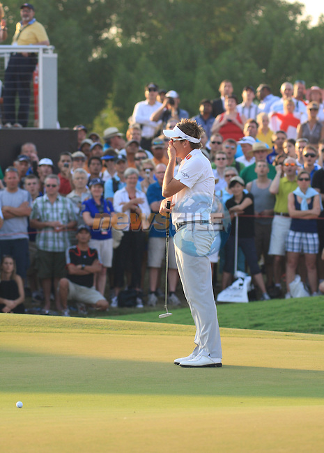 Ian Poulter misses his putt on the 18th during the final round of the Dubai World Championship on the Earth Course at the Jumeirah Golf Estate, Dubai..Picture Fran Caffrey/www.golffile.ie.