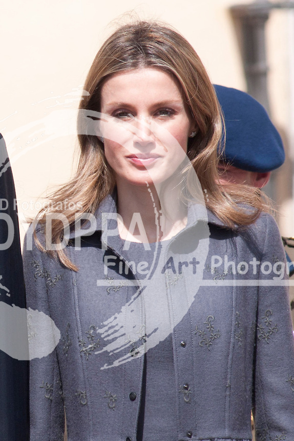 30/03/2011. PARDO PALACE. MADRID. SPAIN. PRINCE OF WALES AND DUQUESS OF CORNUELE CAMILLA WITH ASTURIAS PRINCESS FELIPE ANSD LETIZIA ORTIZ. PRINCESS WALES VISIT SPAIN. (C) DRAKE/ DYD FOTOGRAFOS/SOLARPIX