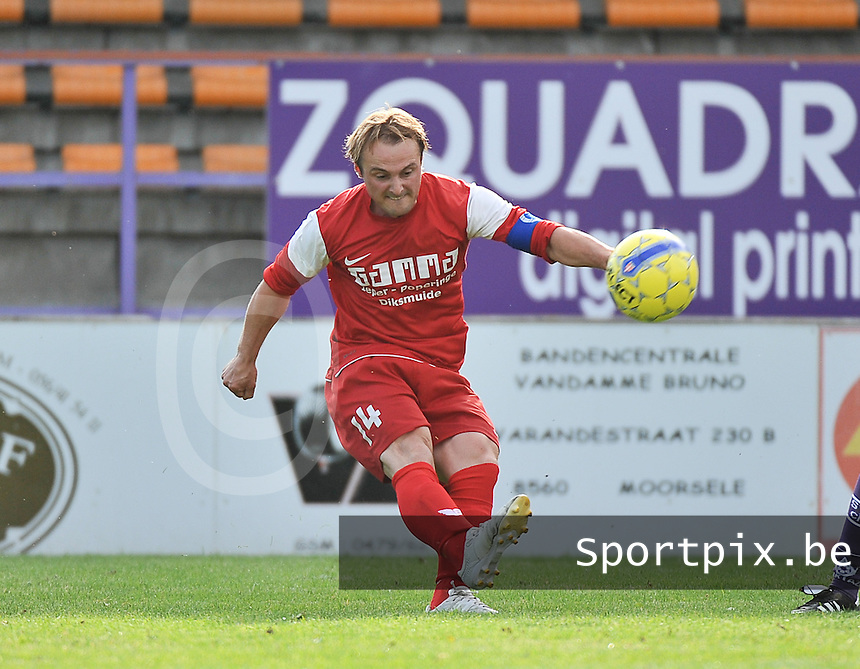 FC Langemark : Joey Kools<br /> foto VDB / Bart Vandenbroucke
